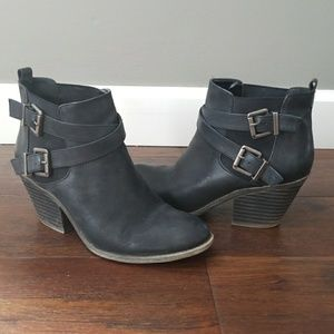 Sole Society black wedge ankle booties 9